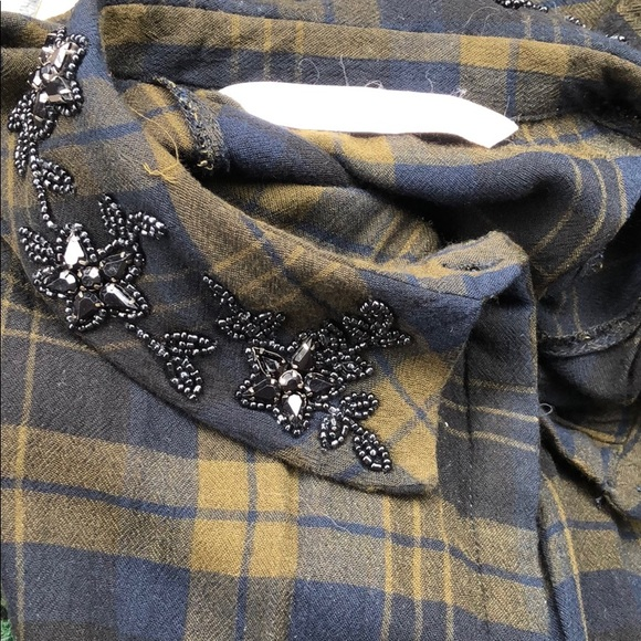 Zara Tops - Zara Beaded Collar Button Down